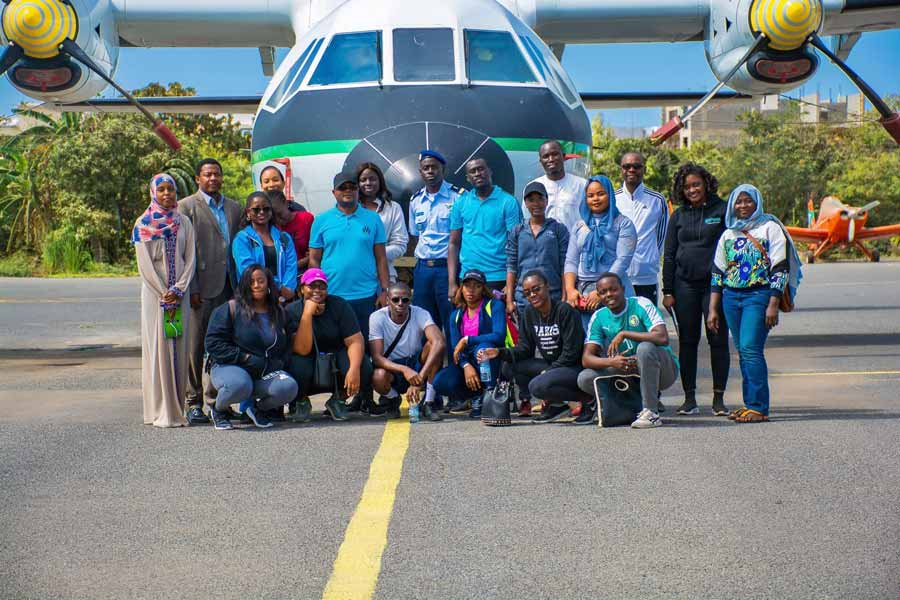 Visite pédagogique à la base aérienne militaire de Ouakam
